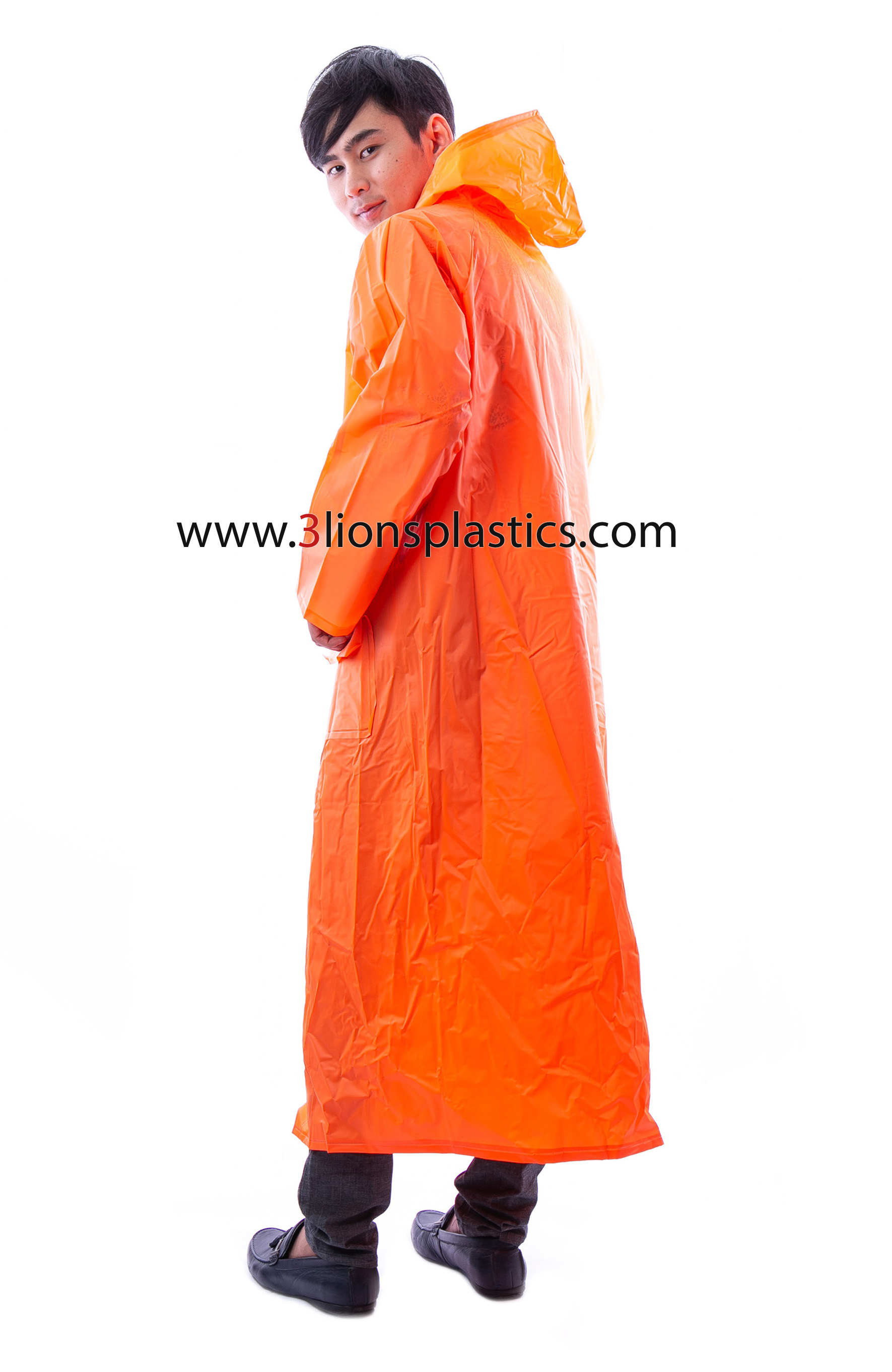 30-RG002/6 เสื้อกันฝนผู้ใหญ่ ส้มจราจร (ภาพนี้ตกแต่งเพื่อการโฆษณาเท่านั้น) - โรงงานผลิตเสื้อกันฝน